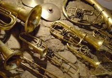 Strumenti musicali della banda del paese